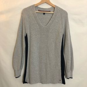 Tommy Hilfiger V-Neck Pullover Knit Sweater Size S